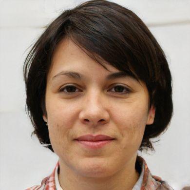 Daniela Tovar