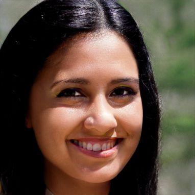 María Elena R.